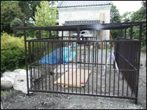 その他の塗装 施工事例2 犬小屋の鉄柵after